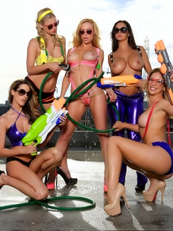Pornstar Ava Addams and her Sexy Friends Water Games at the Roof