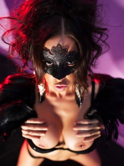 Busty Milf Brandy Aniston ready to suck You in her Dark Mask