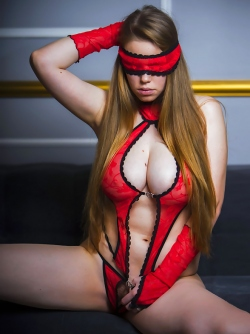 Natural Busty Melony Blindfolded Teasing in her Fuck-Me-Outfit