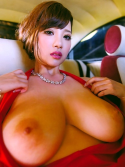 Awesome Natural Big Boobs Japanese Girl Shion Utsunomiya