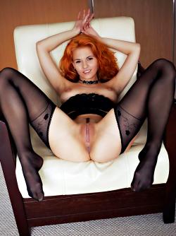 Zarina A Fluffy Redhead Beauty