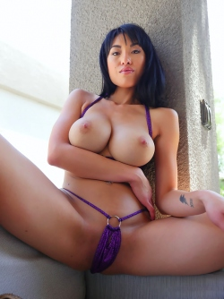 Busty Asian Milf Jayden Lee in Tiny Bikini Showing Perfect Body