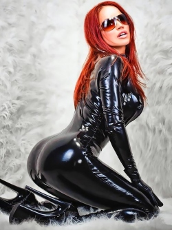 The Sweet Side of Rubber with Fetish Icon Bianca Beauchamp