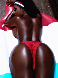 Ebony Girl Achanty T so Thick and luscious from Head to Toe