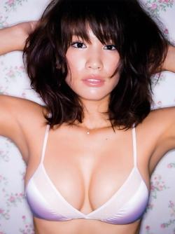 Busty Japanese Beauty Ikumi Hisamatsu is Teasing us in Sexy Lingerie