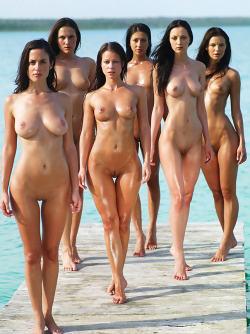 Six Hot Girls by the Pacific Ocean