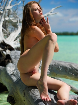 Blue Eyed Redhead Babe Nicole Nicole After the Storm in the Sea