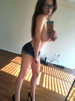 Slim and Super Busty Tessa Fowler Taking Sexy Selfshots at Home