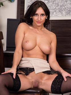 Sizzling Hot Cougar - Cassie Clark