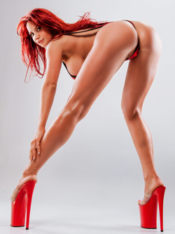 Gorgeous Canadian Milf Bianca Beauchamp in Sinful Strings - OMFG !!