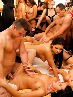 Pornstar Tarra White and some of her horny Friends - Orgy in the Palace