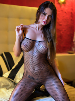 Justyna - Sexy Games in Fishnet Body