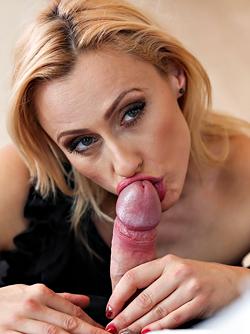 Sexy Milf Brittany Bardot Fucking