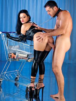 Aletta Ocean: I'm Going Shopping