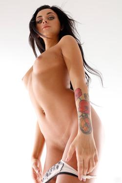 Nikola Aka Inga Extraordinary Girl - pics 04