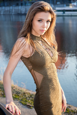 Mila Azul - Various Nude Pictures - pics 00