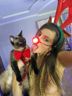 Maria Ryabushkina - Happy New Year ! - pics 03