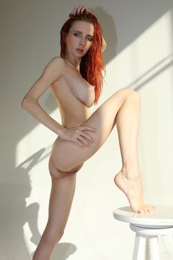 Helga Grey - My Body in the Sunshine - pics 12